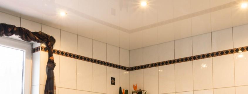 Decke abhängen Badezimmer| FP Trockenbau • Spanndecken