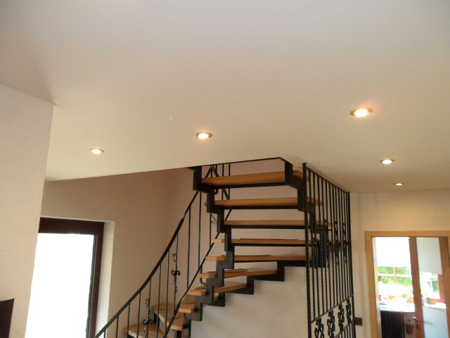renovierung decken bendorf fp trockenbau spanndecken. Black Bedroom Furniture Sets. Home Design Ideas